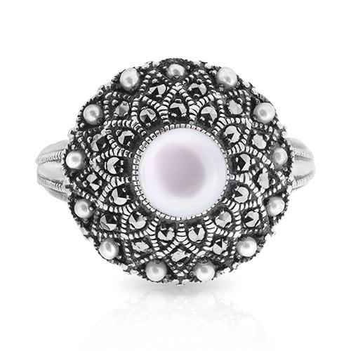 Кольцо с белым жемчугом, микрожемчугом, марказитом и чернением