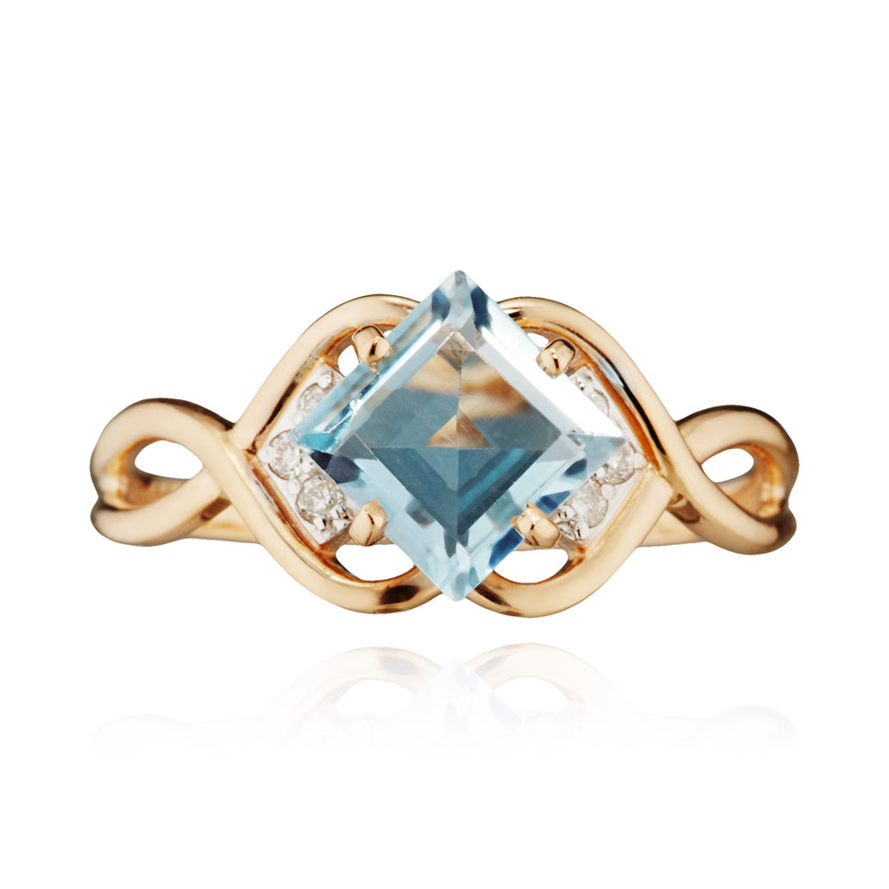 Кольцо с бриллиантами и топазом