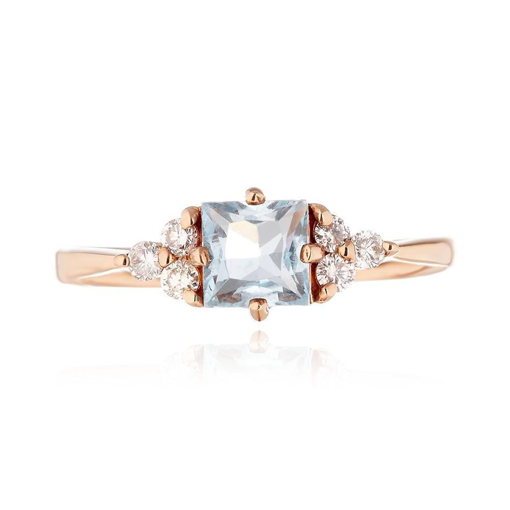 Кольцо с топазом и бриллиантами из золота