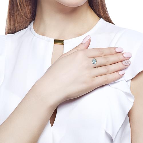 Кольцо с топазом, фианитами и родированием