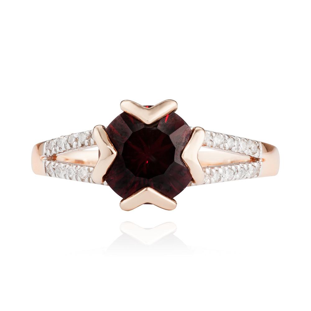 Кольцо с гранатом и бриллиантами