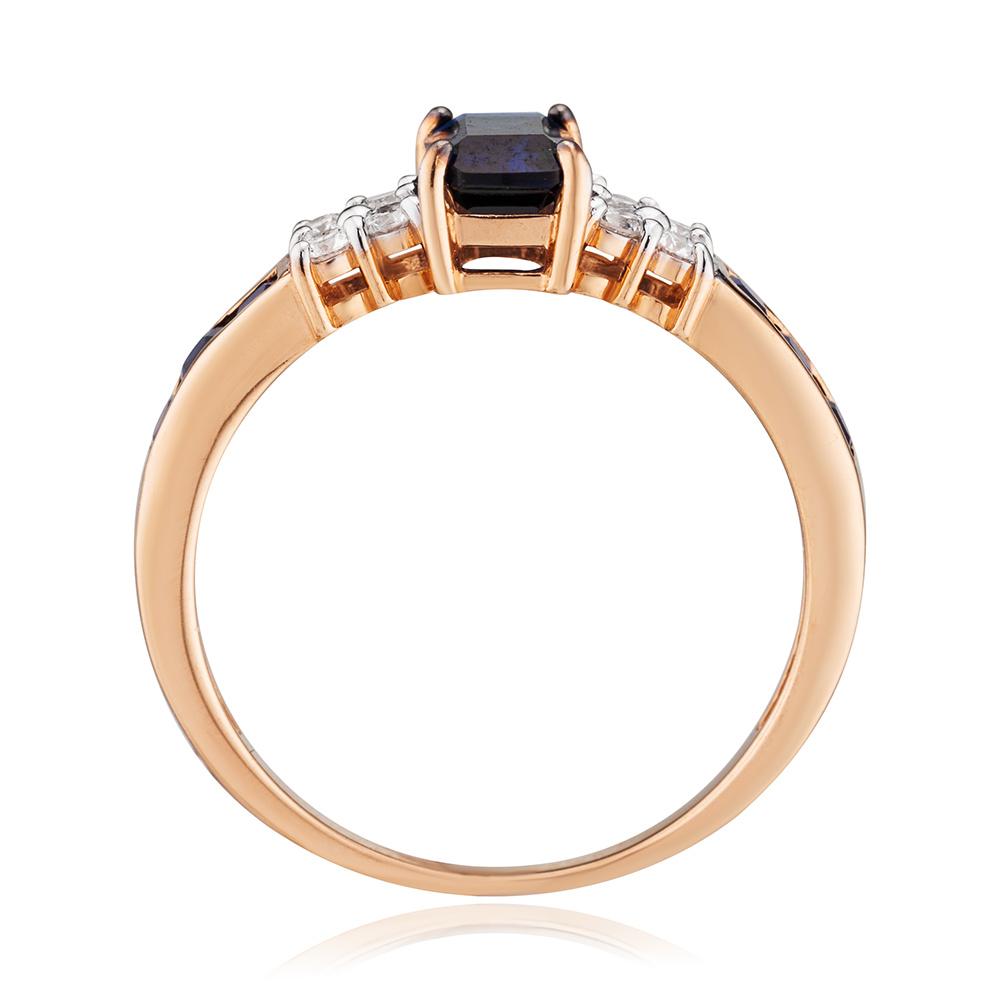 Кольцо с сапфирами корунд (синтетическими) и бриллиантами