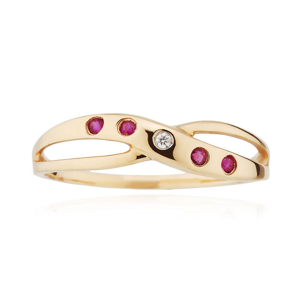 Кольцо с рубинами и бриллиантом из золота