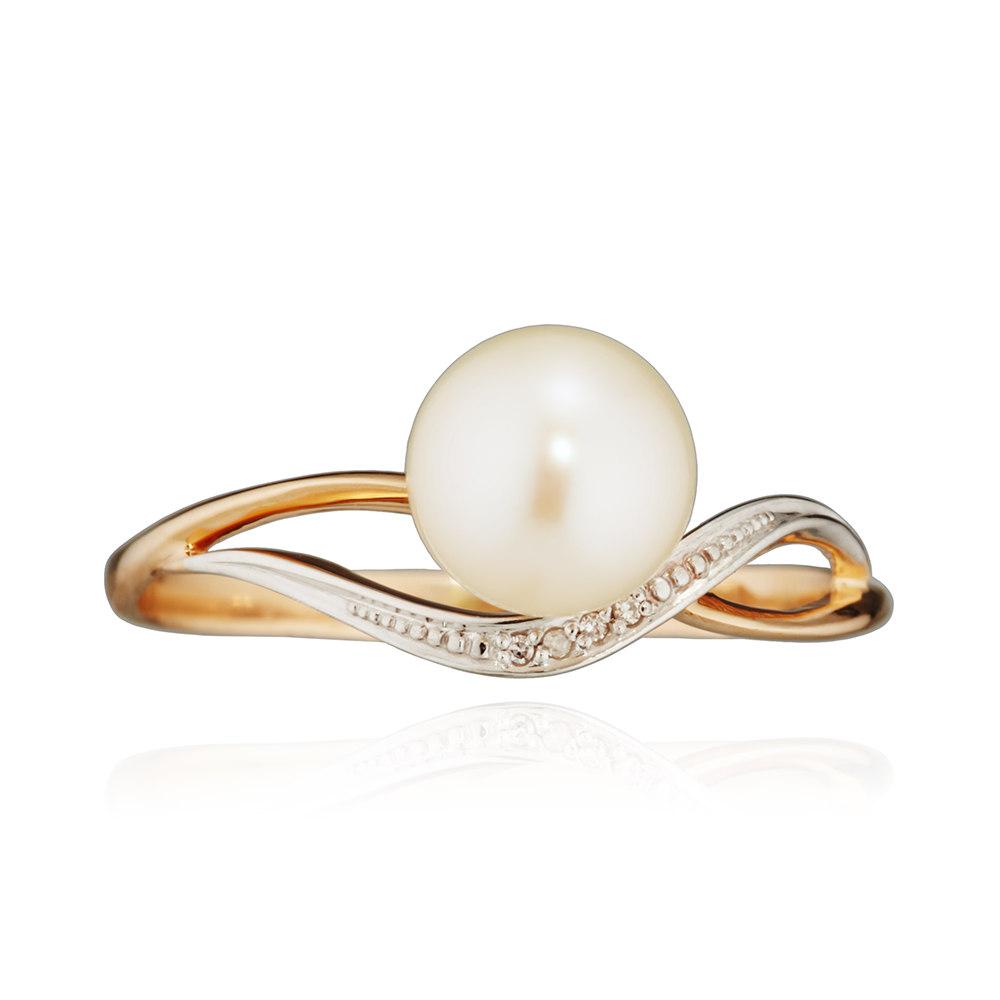 Кольцо с белым жемчугом и бриллиантами